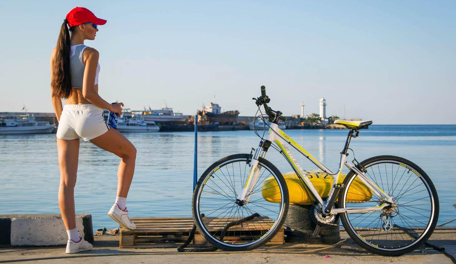 КАК ЕЗДА НА ВЕЛОСИПЕДЕ ВЛИЯЕТ НА ФИГУРУ? Польза или вред? - Bike-Rampage