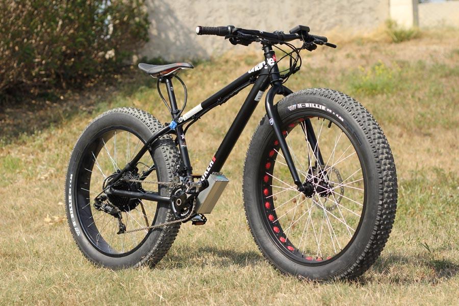 велосипед с широкими колесами фото который