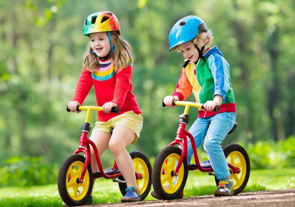 вашего картинка как катаются на велосипеде регулярно
