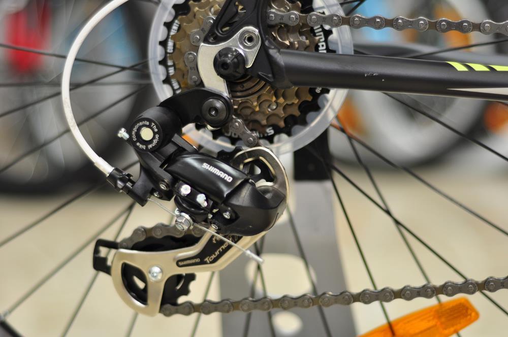 Почему дергается цепь на велосипеде