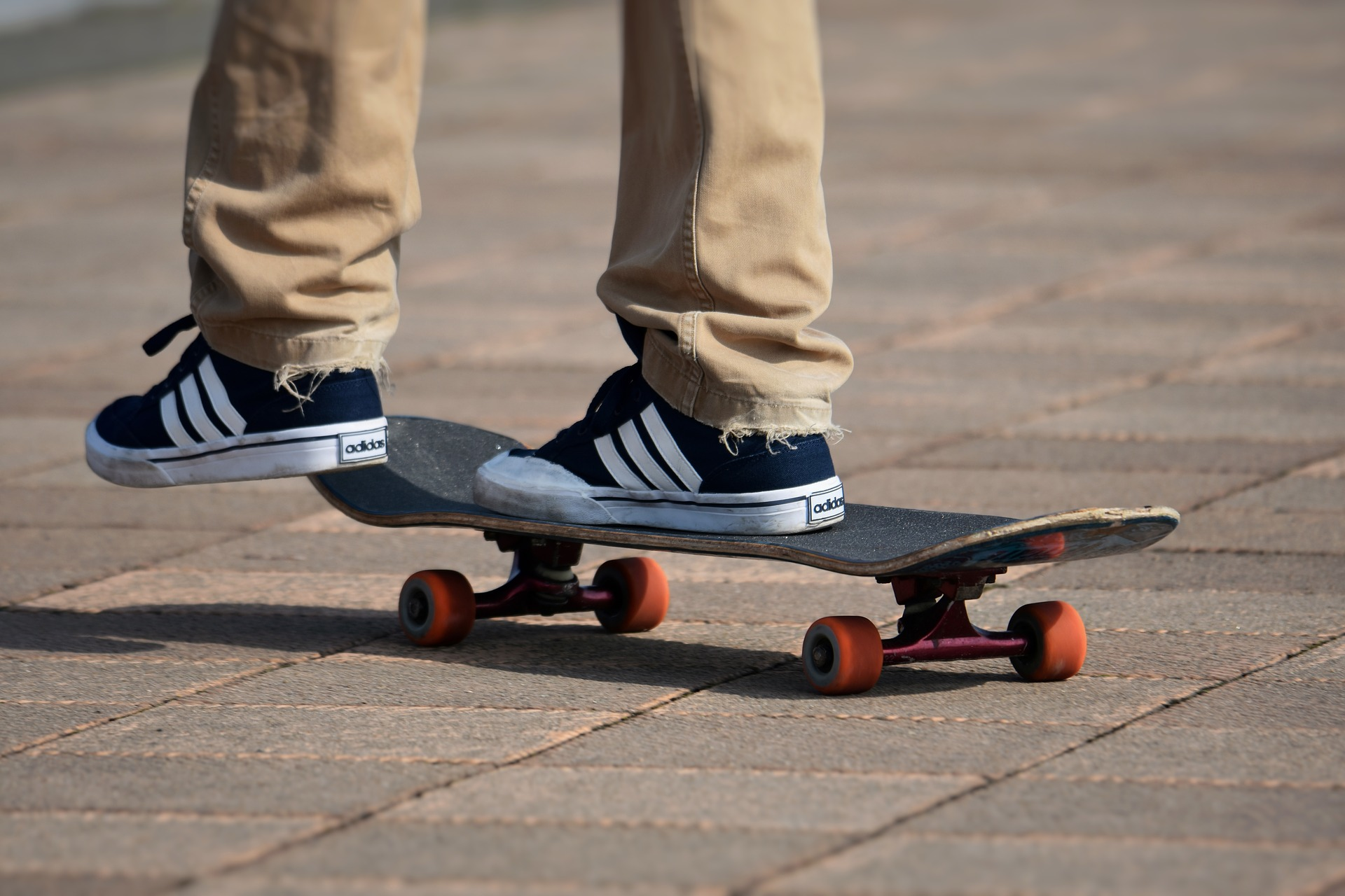 Skateboard for Boys And Girls: How to Choose and Learn to Ride?